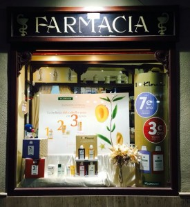 Escaparate Klorane Ofertas Farmacia Plaza Mayor Zamora
